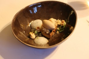 Foie gras  ( chaud – froid )  Gingembre | yuzu | noisette