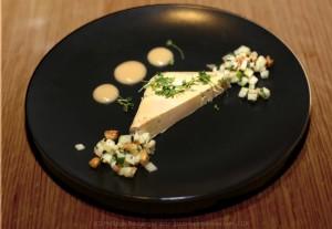 foie gras mi cuit, caramel beurre salé, croustillant de noisetins