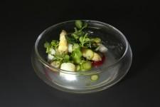 Asperges vertes, blanches et fraises