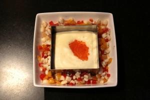 Déposez une cuillerée d'œufs de saumon au centre