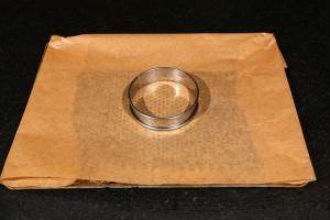 Posez votre cercle sur le papier cuisson
