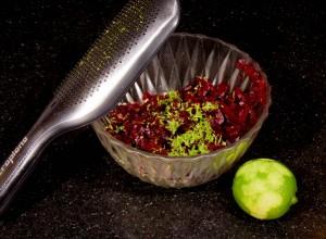 Mélangez les deux préparation et rajoutez le zeste d'un citron vert.