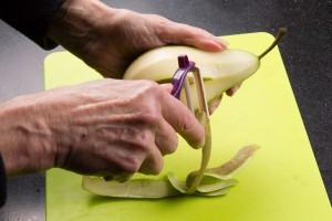 Pelez les poires
