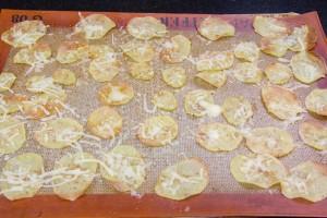 A mi cuisson parsemez de fromage rapé et ré enfournezSaupoudrez de sel et de paprika