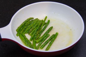 Passez les dans une poêle avec un peu de beurre