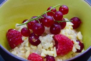 Riz au lait à la vanille, lait de coco et fruits rouges