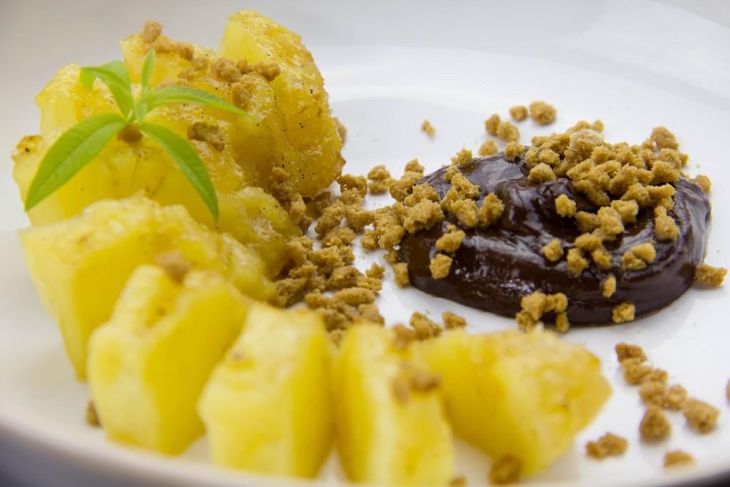 Ananas au sirop d'épices, cuisson basse température