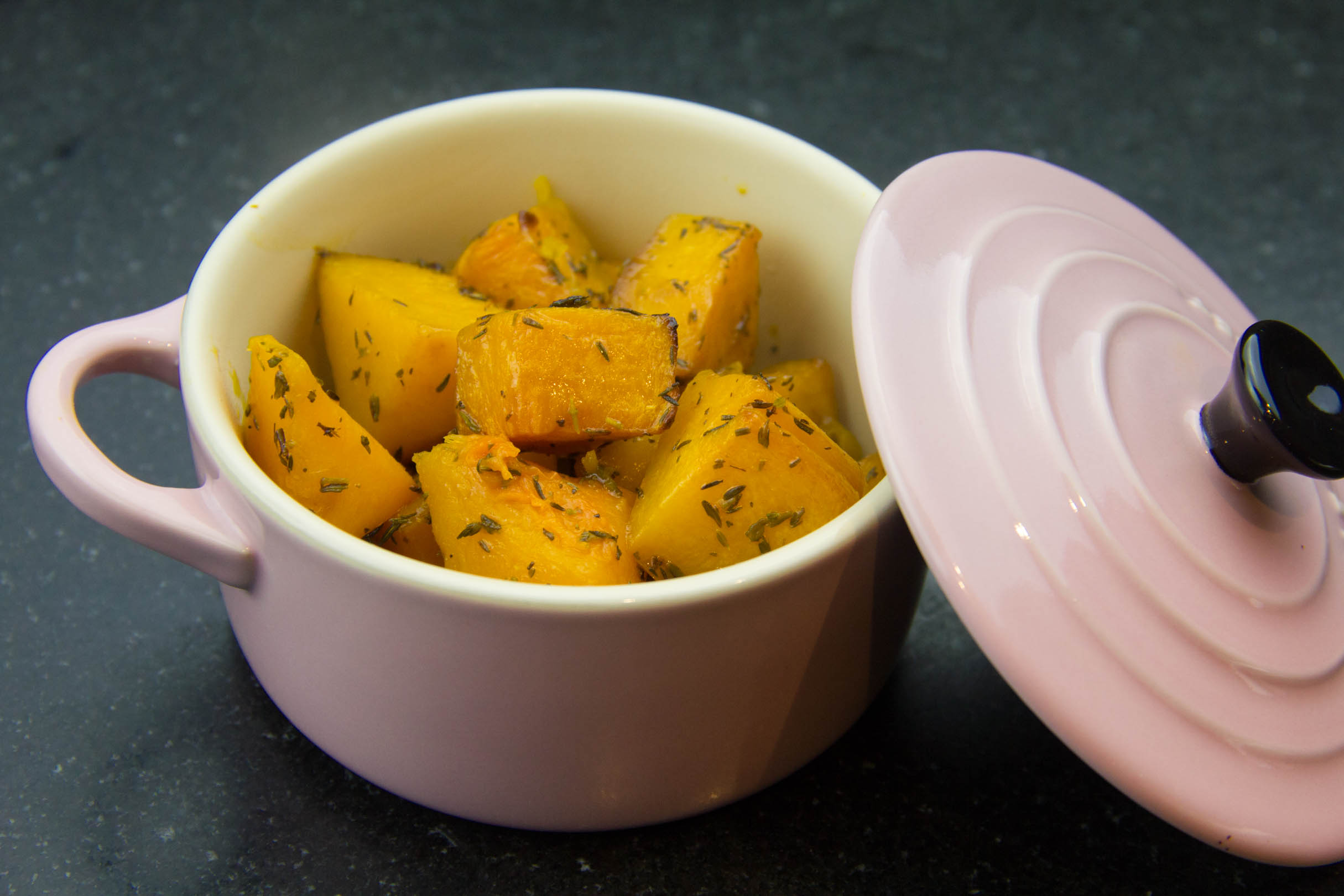 Butternut Rotie Au Four Caramelisee A L Orange Et Au Thym Les