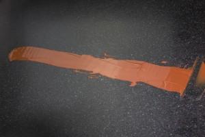 Étalez avec une spatule et marquez une extrémité