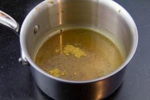 Ajoutez le miel et faire réduitre