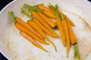 Cuire les mini carottes