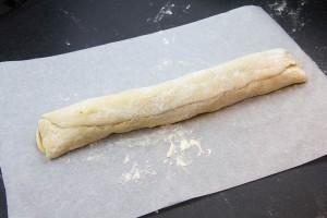 Roulez alors la pâte sur elle même