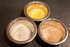 Préparez les différents ingrédients de la panure