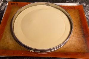 déposez l'autre abaisse de pâte par dessus la première
