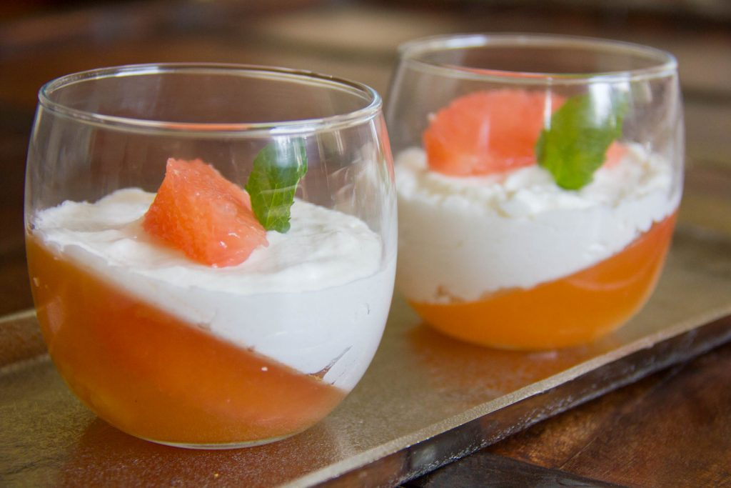 Gelée de pamplemousse au gingembre et sa mousse coco
