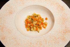 Déposez une belle cuillerée de légumes dans l'assiette