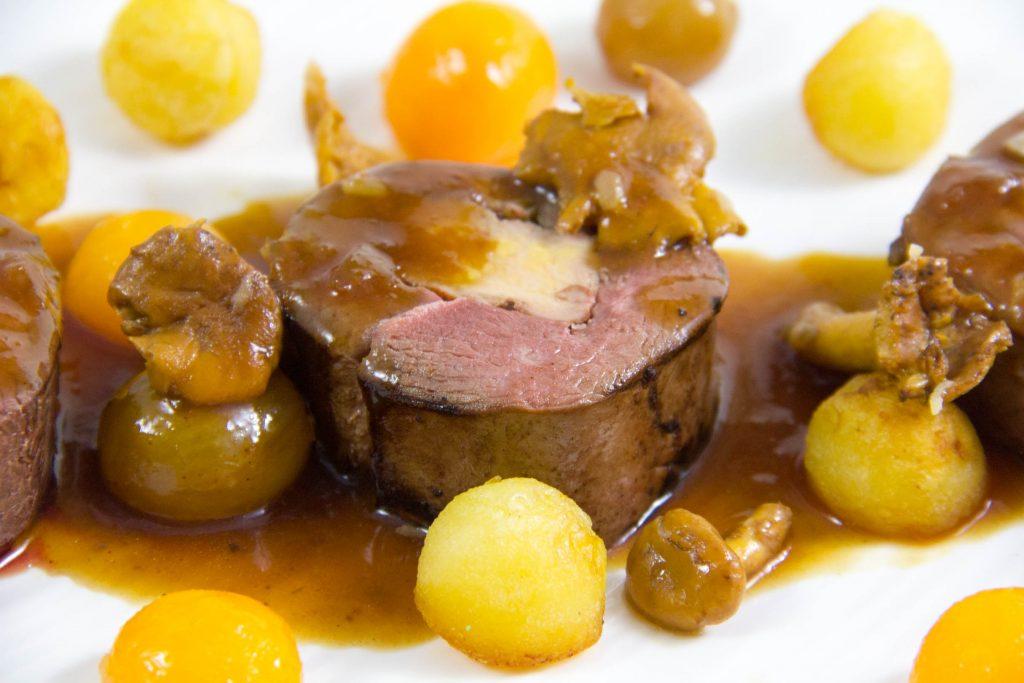 Magret de canard farci au foie gras, sauce au raisin de Philippe Etchebest - menus de fêtes