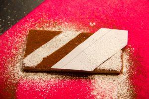 Décorez vos rectangles de pâte du dessus
