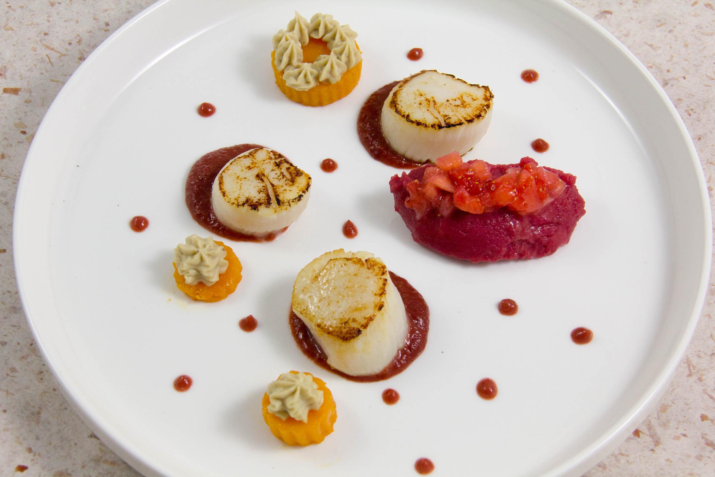 Saint Jacques en habits roses, petits légumes d'hiver