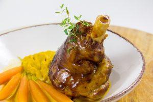 Souris d'agneau laquée, carotte dans tout ses états (recette basse température)