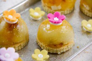 Mini tatins de pommes confites au romarin