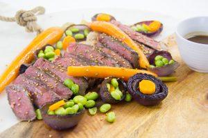 Boeuf «Wagyu» basse température et ses légumes au sésame