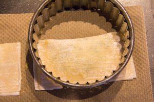 Découpez les ravioles avec un emporte pièce