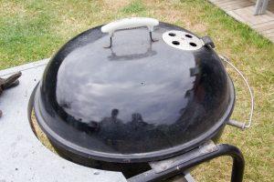 Puis refermez votre barbecue
