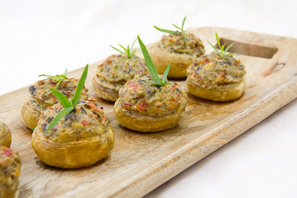 Champignons farcis au chorizo et aux herbes (cuisson au four ou au barbecue)