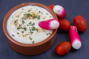Comment réaliser une mayonnaise light sans œuf et très peu d'huile mais néanmoins savoureuse