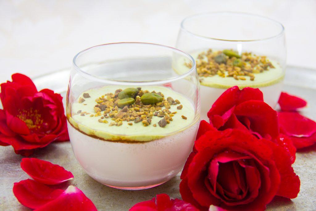 Mouhalabieh, crème de lait à la fleur d'oranger et pistaches