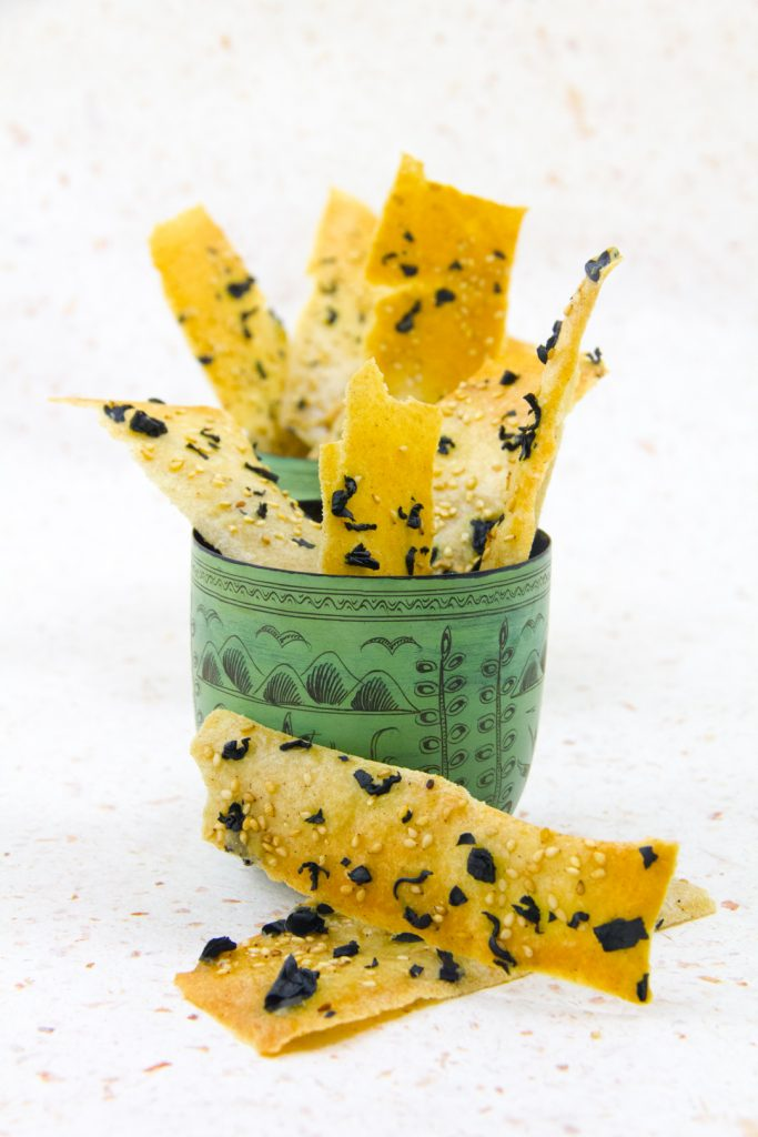 Crackers croustillants aux algues et sésame