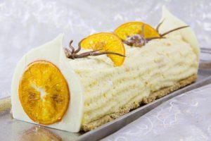 Bûche aux fruits d'hiver (orange et marron)