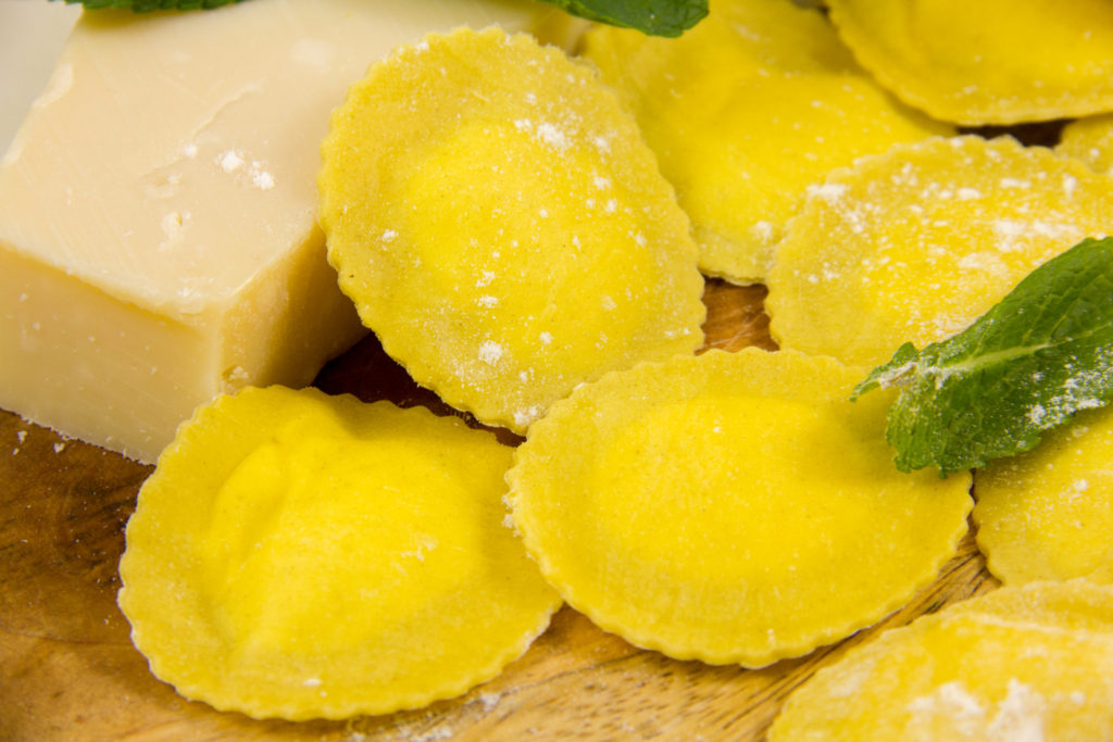 Ravioles aux trois fromages, sauce citron menthe ( Recette du chef Simone Zanoni)