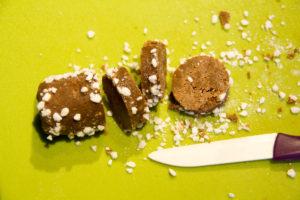 A la sortie du frigo coupez vos boudins en tranches d'environ 1 cm