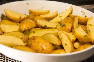 Remuez de temps à autre les pommes de terre