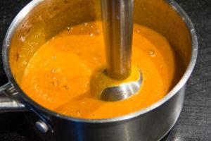 Mixez la sauce