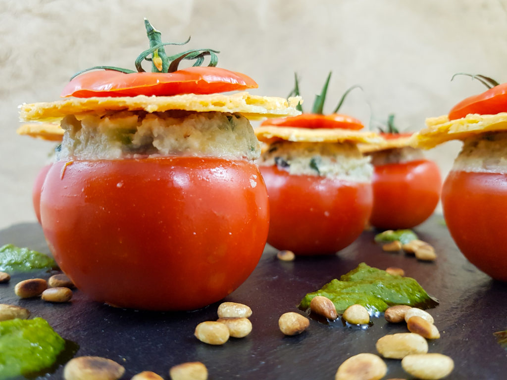 Fraîcheur de tomates farcies