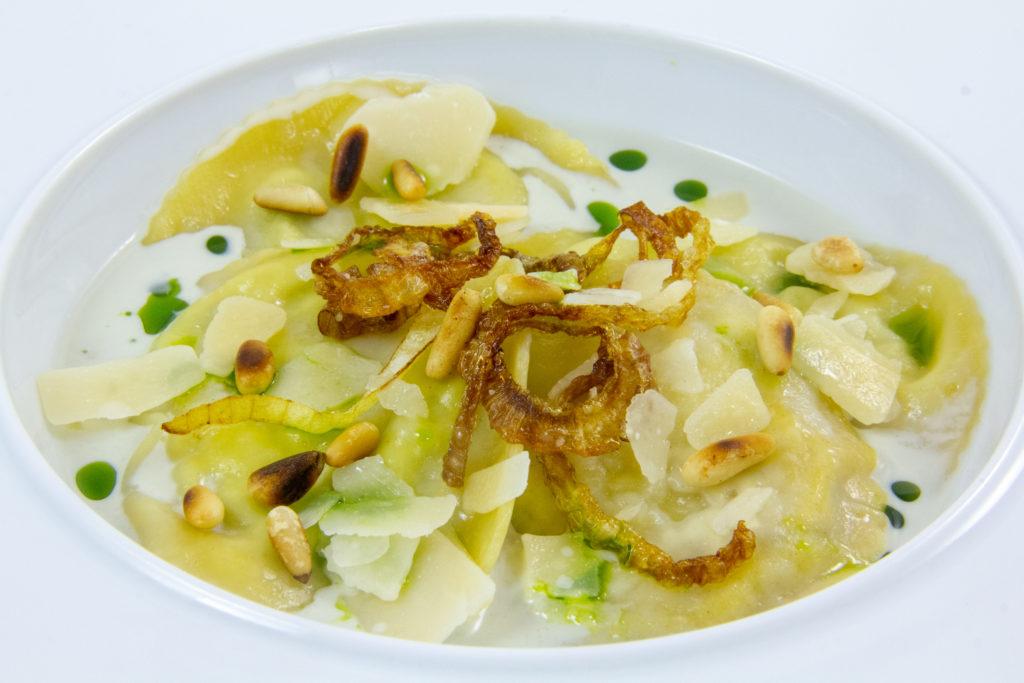 Ravioles brocoli poire, sauce gorgonzola